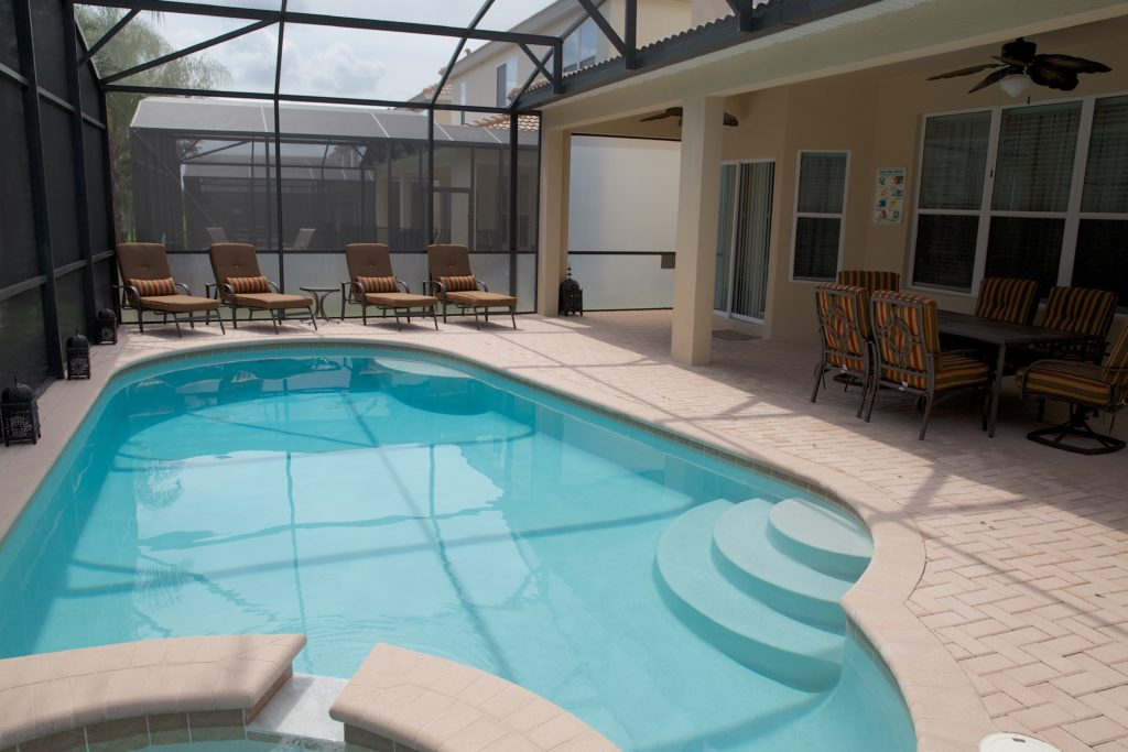 Large heated pool and spa pool